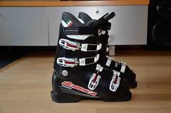 Dětské lyžařské boty na sjezdové lyžování - titulní fotka