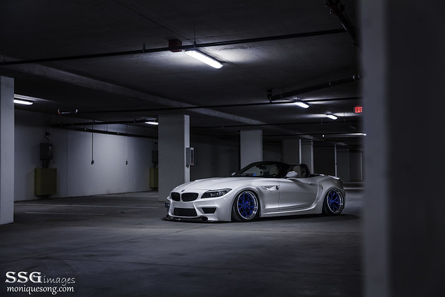 Duke Dynamics Widebody Z4 E89 bagged by AccuAir.