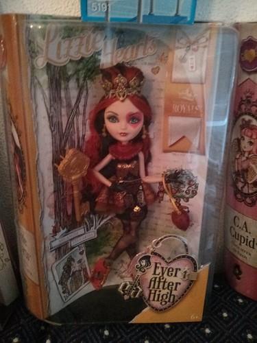 Lizzie Hearts- Hija de la Reina de Corazones