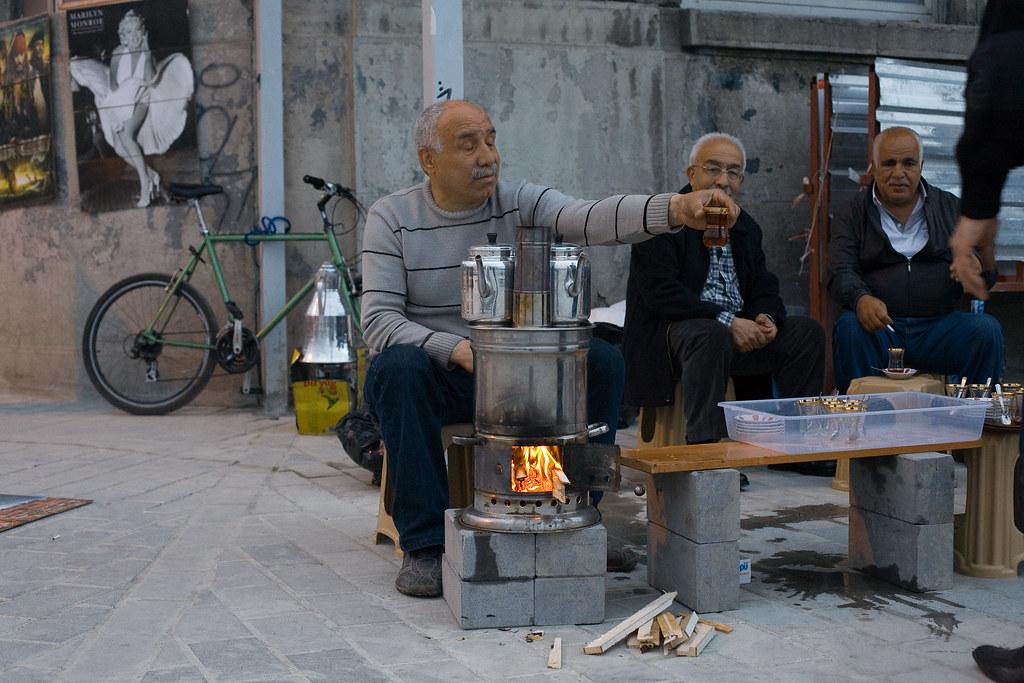 Чай на набережной