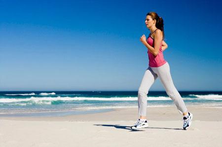 đi bộ giúp trái tim khỏe mạnh