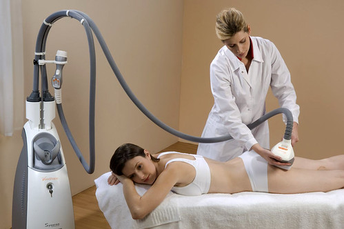 get-the-gloss-cellulite-treatment-velashape-brazillian-beach-pins-treatment