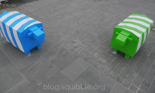 squibble_visits_Christchurch_sheepbarriers