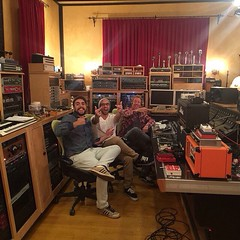 "Via @Shinedown: ... @thebrentsmith Ruda, @ebassprod and Producer, Dave Basset makin Noise at ""The Lair Studio"" #Shinedown"
