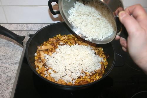 42 - Reis dazu geben / Add rice