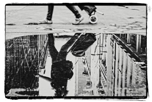 chile santiago bw reflection canon photography mirror landscapes photo blackwhite focus foto dof bn reflejo fotografia blackwhitephotos efs1855mmf3556is basiliorobledo canon550d canont2i canoneosrebelt2i perfecteffects9