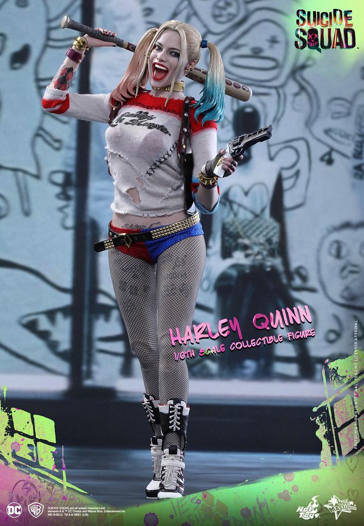 Hot Toys – MMS383 – 自殺突擊隊【小丑女哈莉.奎茵】Harley Quinn 1/6 比例人偶作品