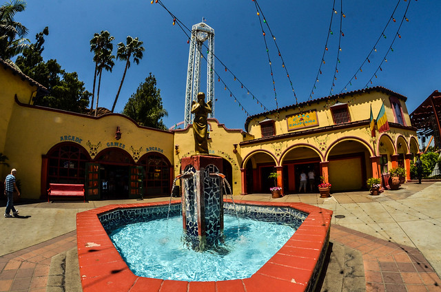 Knotts fountain