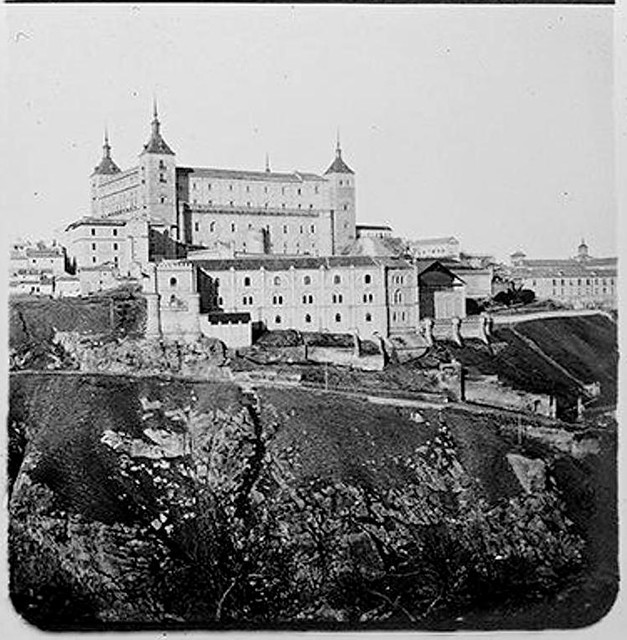 Alcázar desde el Cerro de San Blas en 1904. Fotografía de Augusto T. Arcimis © Fototeca del IPCE, MECD. Signatura ARC-0744_P