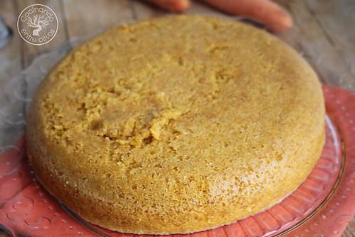 Bizcocho de zanahoria en microondas www.cocinandoentreolivos.com (13)