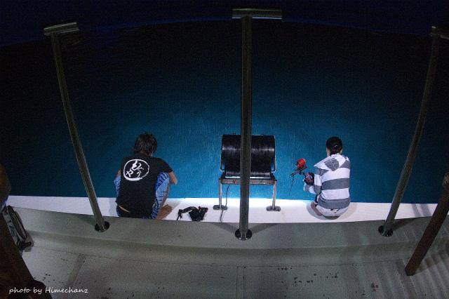 船尾でマンタ待ちw