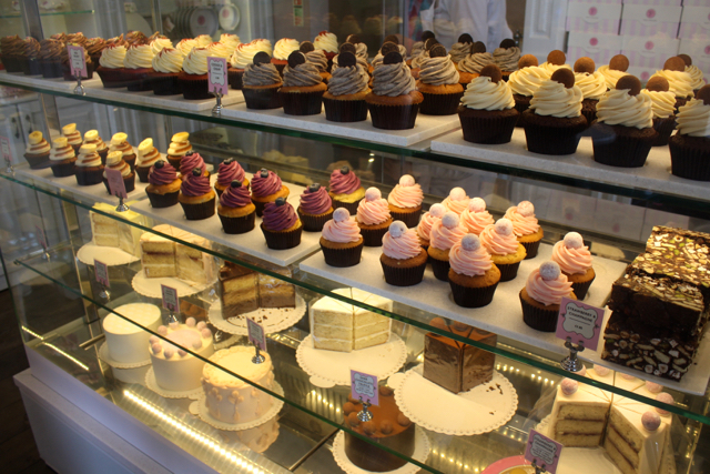 Cupcakes and cakes at Peggy Porschen, London
