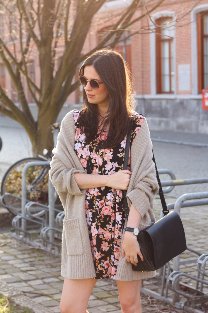 spring outfit: floral babydoll dress, oversized cardigan