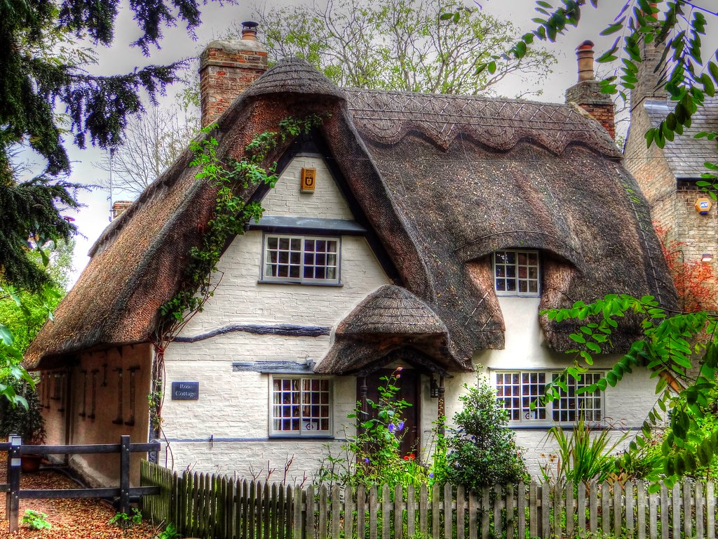 Thatched Cottage - Rose Cottage