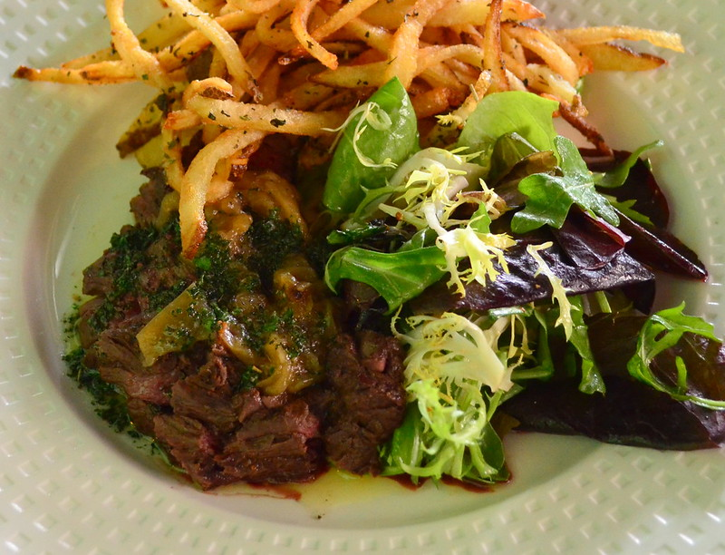 Petit Pois Steak Frites