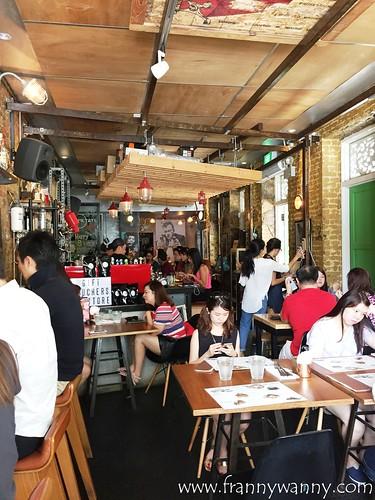 symmetry cafe 5