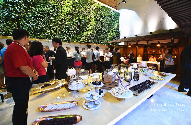 台中住宿愛麗絲飯店 Aeris  Hotel01