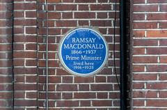 Photo of James Ramsay Macdonald blue plaque