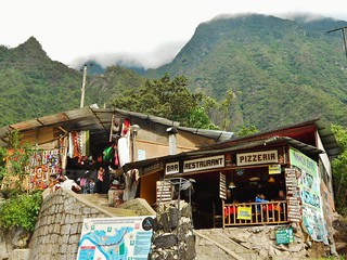 Aguas Calientes - Craft Market