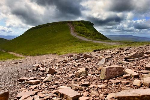 mountain june wales nationalpark spring rocks path breconbeacons powys oldredsandstone 2011 corndu breconbeaconsnationalpark