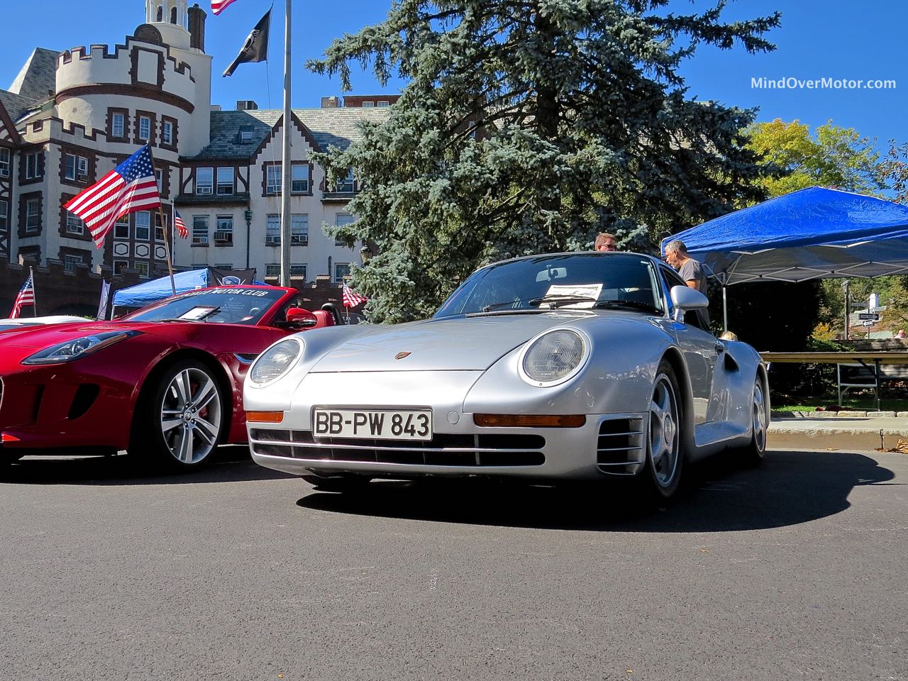 Porsche 959 Front Angle