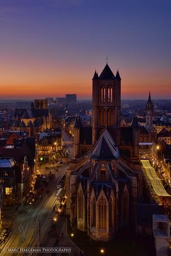 belgium dusk sunsets bluehour ghent gent bleue flanders thebluehour vlaanderen sintniklaaskerk lheure marchaegeman nikond800 nikon1635mmf4afsvrged