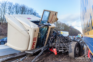 Lkw-Unfall A3 Bad Camberg 30.01.15