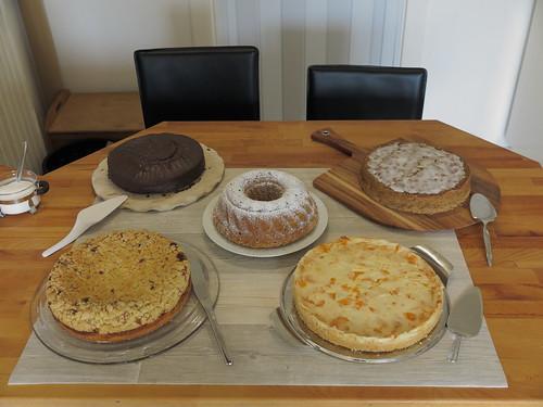 Kuchenbuffet anlässlich meiner Geburtstagsfeier