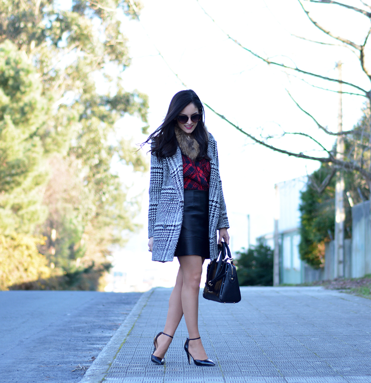 Zara_plaid_ootd_inspiration_outfit_skirt_leather_coat_fur_02