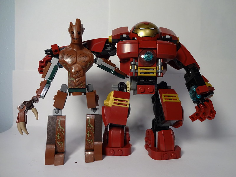 Review Comparisons 76031 The Hulkbuster Smash Lego Licensed