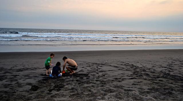 guatemala beaches - paredon