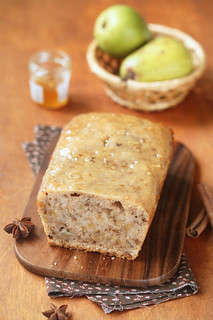Vegan Pear Walnut Spice Cake