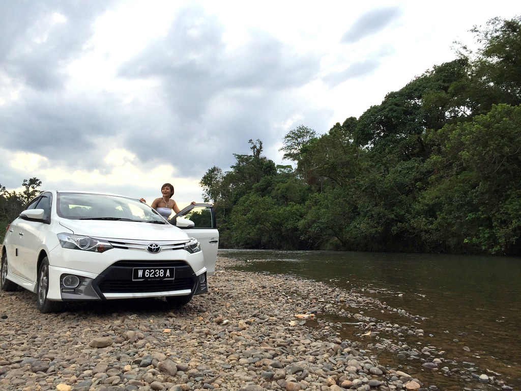 rebecca saw - car reviews - toyota vios TRD-003
