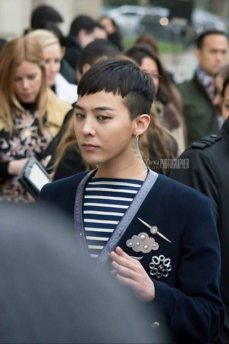G-Dragon Chanel Haute Coutoure at Grand Palais Paris 2016-01-26 03