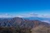 黒岳・・・背後の南アルプスは雪雲