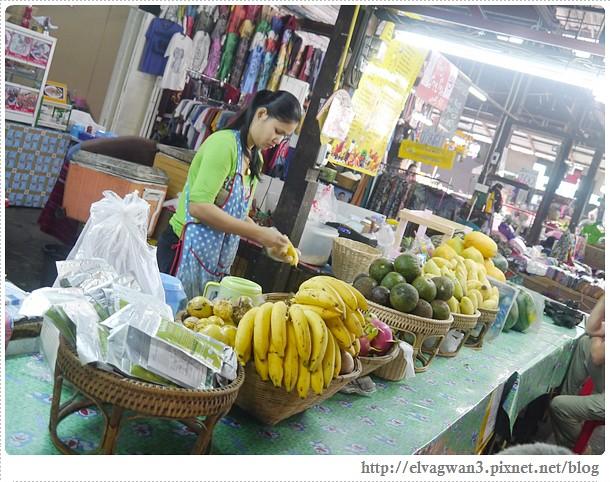 泰國-泰北-清邁-Somphet Market-Tip's Best Fresh Fruit Smoothie-市場-果汁攤-酸奶水果沙拉-燕麥水果優格沙拉-香蕉Ore0-泰式奶茶-早餐-19-1-650-1