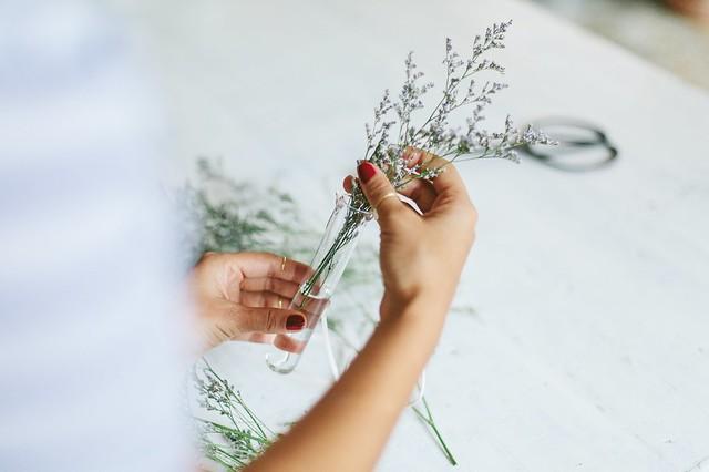 Gift idea: hanging test tube vases