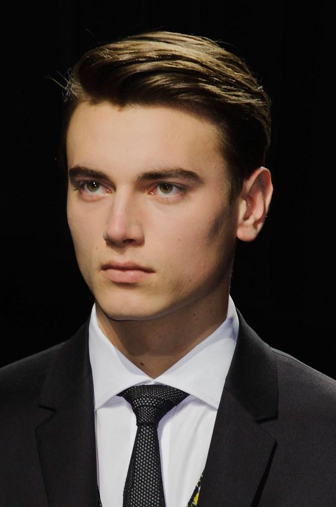 Eduard Badaluta3037_FW15 Paris Dior Homme(VOGUE)