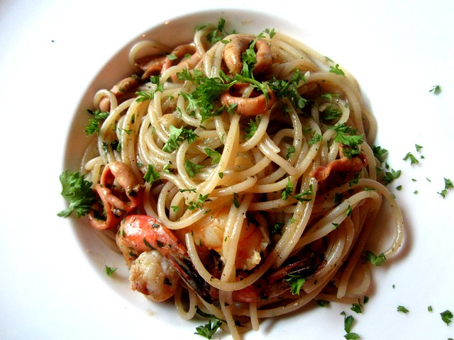 Pasta of curry seafood 1