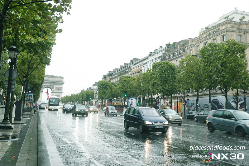champs elysees road