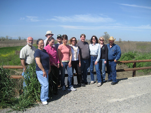 Special tours continue to be a part of Colusa Glenn Subwatershed Program's educational outreach to growers to encourage the use of good conservation management practices. NRCS photo.