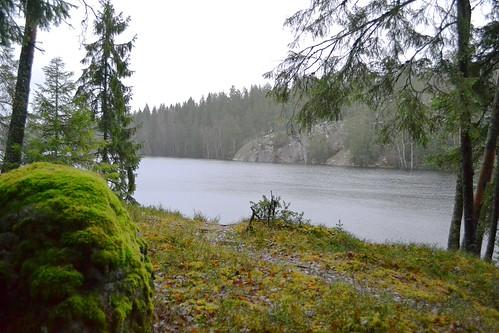lake forest finland geotagged december v fin uusimaa 2011 salmi vihti vichtis nuuksionationalpark 201112 isoparikas 20111218 lakesofnuuksio geo:lat=6035070700 geo:lon=2448670100
