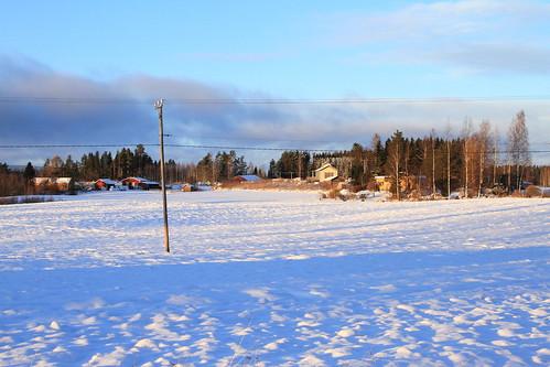 winter sun snow forest canon suomi finland countryside view sunny scene lumi talvi maisema metsä laukaa aurinko maaseutu näkymä aurinkoinen valkola canoneos7d anttospohja ef24105l40isusm