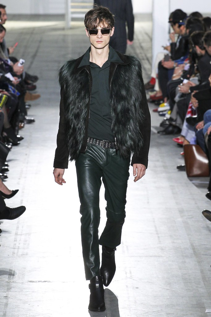 FW15 Milan Costume National014_Gryphon O'Shea(VOGUE)