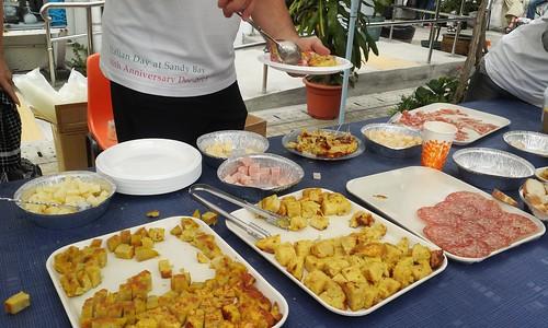 意大利人都喜歡在餐前吃些小食,飲杯cocktail, socialize一下