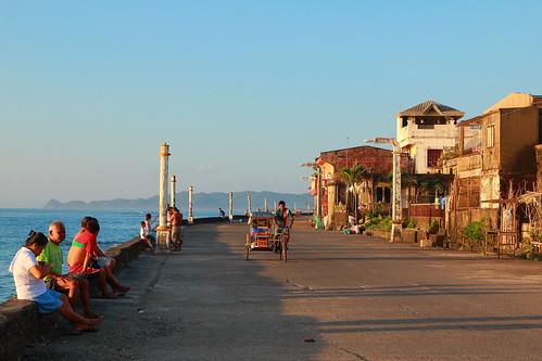 sunrise seaside philippines catanduanes f71 pedicab lightposts virac 1755mm 42mm 70d suntherapy