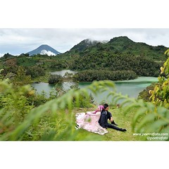 From the pre wedding photo of Vika+Ridwan. Pre wedding photoshoot at Telaga Warna Dieng. Photo by @Poetrafoto.   Visit our web http://prewedding.poetrafoto.com and FB page http://fb.com/poetrafoto for more pre wedding pictures.   Thank you :)