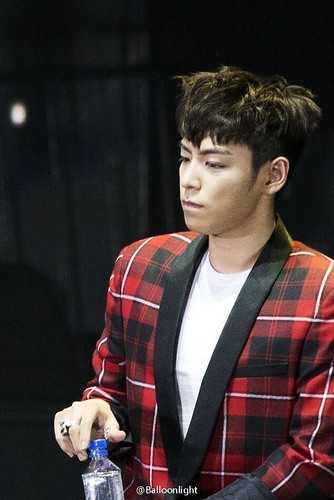 BIGBANG VIPevent Beijing 2016-01-01 by Balloonlight (12)