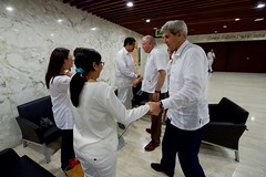 U.S. Secretary of State John Kerry says goodbye to Venezuelan President Nicolás Maduro inside the Cartagena Indias Convention Center in Cartagena, Colombia, on September 26, 2016, after they held a bilateral meeting after they both attended a peace ceremony between the Colombian government and the Revolutionary Armed Forces of Colombia (FARC) that ended a five-decade conflict. [State Department Photo/Public Domain]