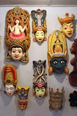 tiki(0.0), costume(0.0), headgear(0.0), toy(0.0), masque(1.0), carving(1.0), art(1.0), clothing(1.0), head(1.0), mask(1.0),